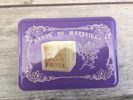 groot blikken doosje met savon de Marseille afbeelding