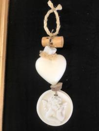 ketting met groot zeephart (katoenbloem) + grote engel (diameter 9 cm)