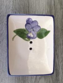 zeepschaaltje met violette motief / Seifenschale mit Veilchen Motiv
