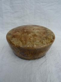 Herinnerings steen kristal glazuur bruin. HS 1