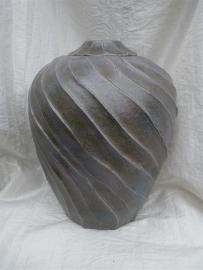 Urn paars / bruin.U 113