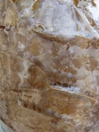Urn met reliëf sienna bruin. U 128