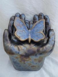 Urn met vlinder antraciet / blauw 3