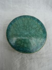 Herinnerings steen kristal glazuur smaragd groen. HS 4)