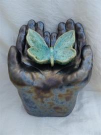 Urn met vlinder antraciet / groen 5