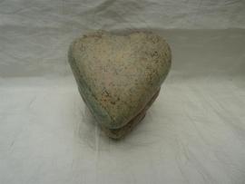 Raku hart urn 1
