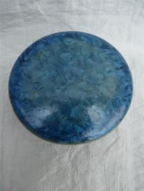Herinnerings steen kristal glazuur ijsblauw. HS 2