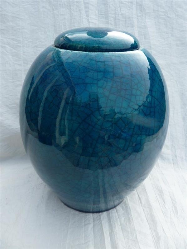 Urn turquoise. U 170