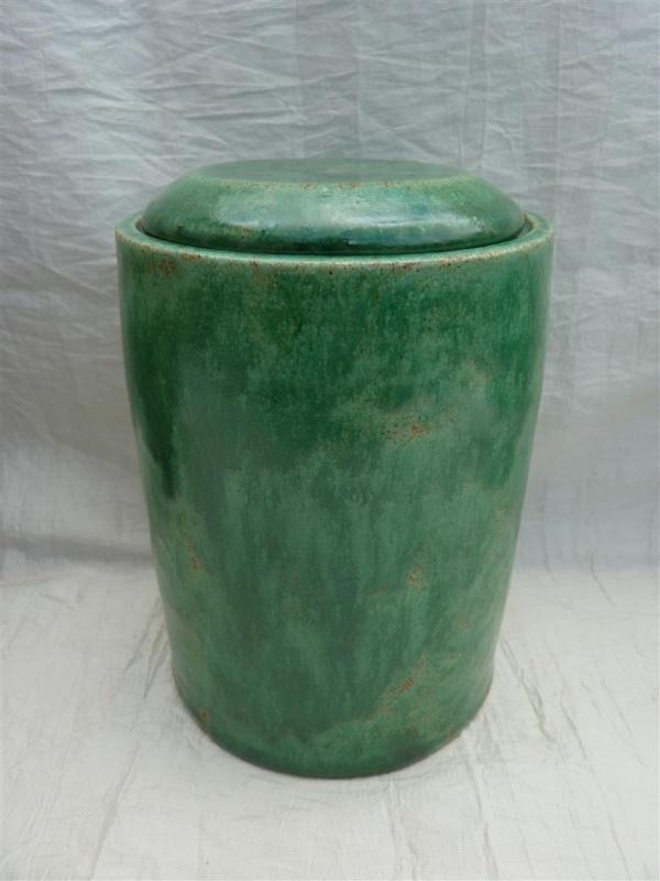 Urn groen. MU 63