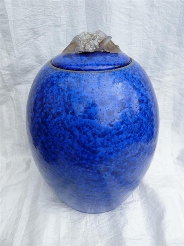 Urn kobaltblauw. U 97