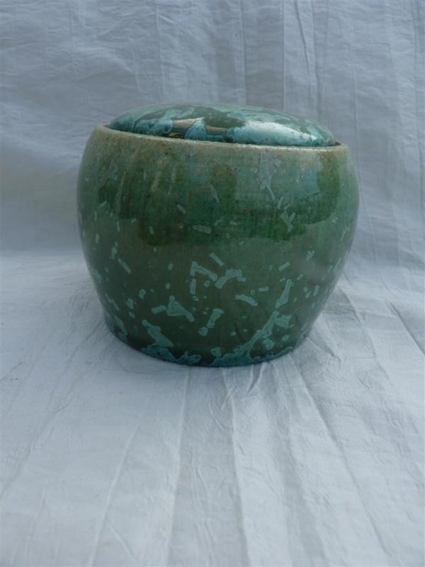 Urn smaragd groen. MU 47