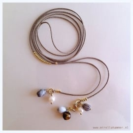 necklace zippy