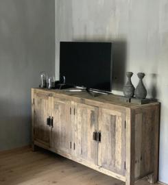 Stoer dressoir van oud teakhout