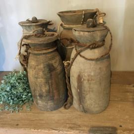 Stoere nepalese potten met deksel