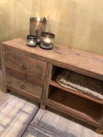 Stoer tvmeubel van oud hout met 4 lades