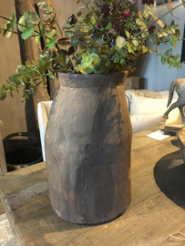 Stoere grote nepalese pot