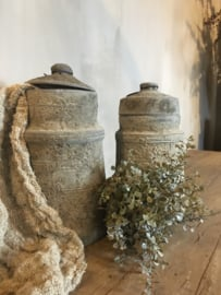 Mooie stoere grijze nepal pot met deksel -links