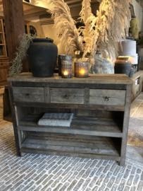 Stoer houten sidetable kastje oud hout vergrijsd