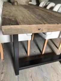 Stoere eettafel oud hout met staal