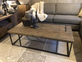 Stoere salontafel op stalen frame 120 & 150 cm