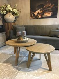 Stoere set vergrijsd ronde salontafels hout