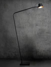 Prachtige zwarte vloerlamp Pliz van Frezoli / Tierlantijn