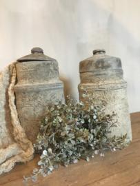 Mooie stoere grijze nepal pot met deksel -rechts