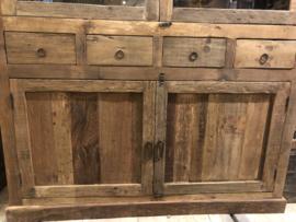 Buffetkast robuust oud hout