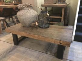 Stoere salontafel oud teak met staal