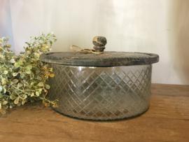 Leuke voorraad pot van glas met houten deksel
