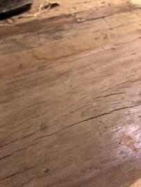 Stoere ronde eettafel Bas van oud teakhout met stalen frame