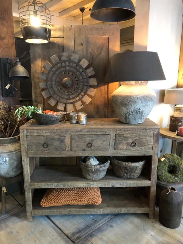 Side Table Oud Hout.Stoere Sidetable Van Oud Hout Sidetables Landelijk At Home