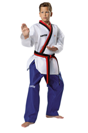 Taekwondopak Poomsae voor jongens WT goedgekeurd