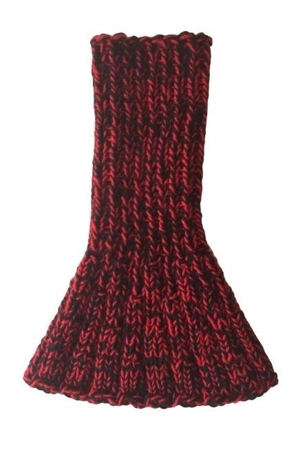 Wijd uitlopende lange kol - rood/zwart