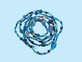 Glazen kralenstreng blauw