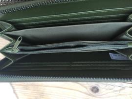 Portemonnee donker groen met studs