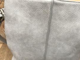 Kleine grijze bag in bag tas met siernaad