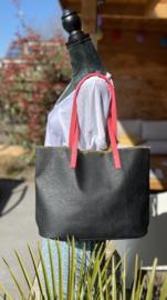 Zwarte shopper met fuchsia hengsel