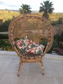 Vintage Lady Pauwstoel
