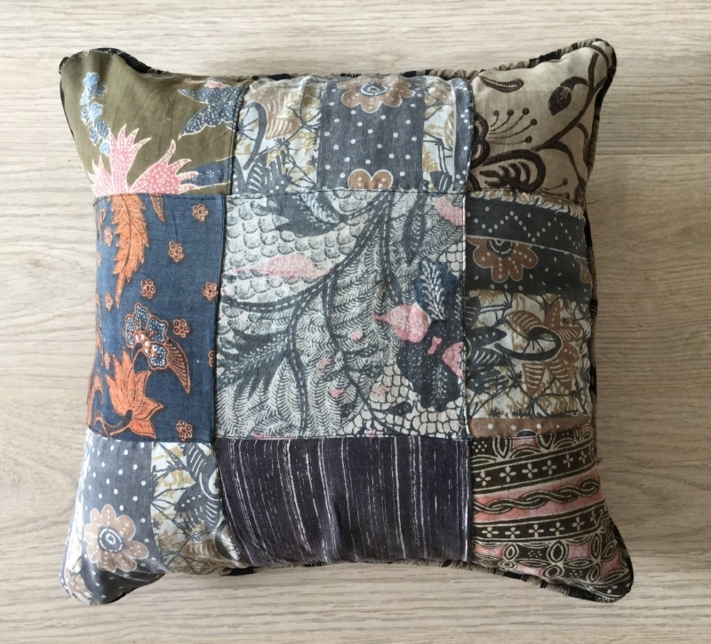 Batik Kussen 1 Verkocht