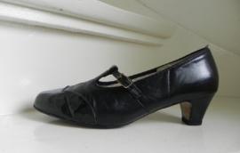 Vintage granny pumps shoes (2014)