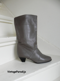 Cowboy boots taupe omslag (2684)