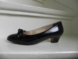 Vintage granny shoes pumps (2019)