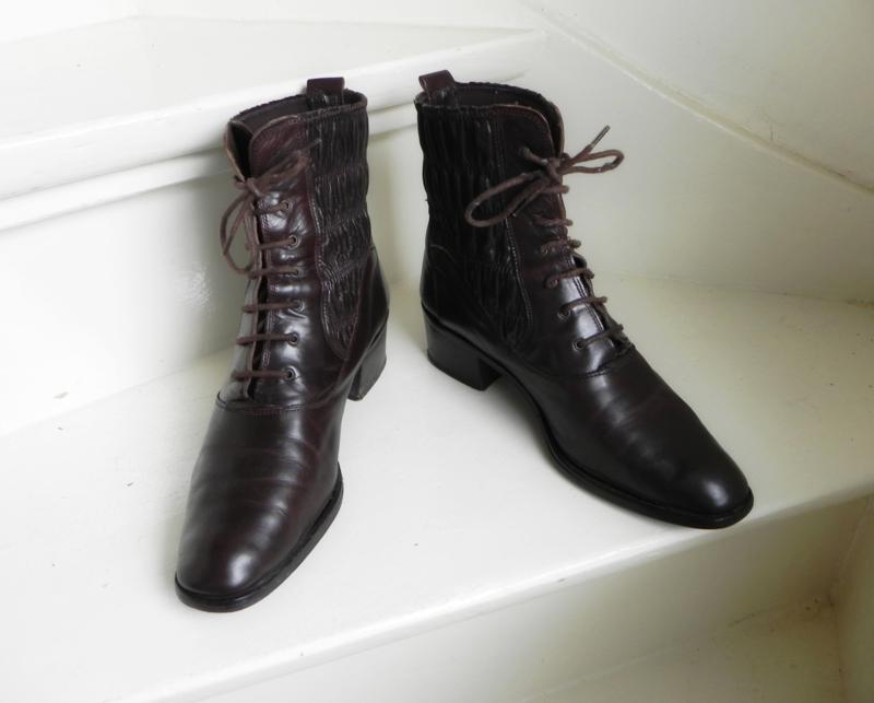 Clarus enkellaarzen veter boots (2439) | Verkochte vintage