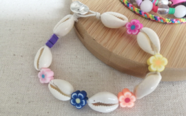 Cowry and Flowers