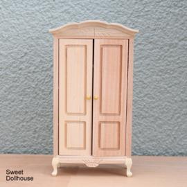 Cupboard plain wood