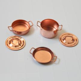 Set of pans copper
