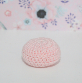 Crocheted pouf light pink