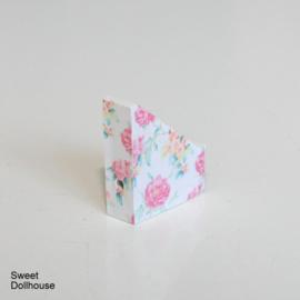 Magazine cassette roses white
