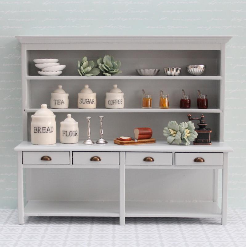 Kitchen cupboard light grey